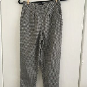 Forever 21 black white tapered grid pants XS